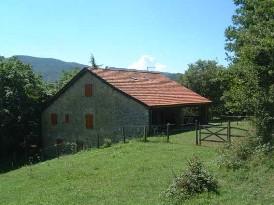 Case sulla collina ad est for Piani di serra in collina