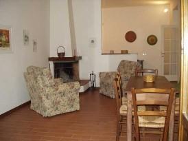 case sulla collina ad ovest - Soggiorno Cucina Con Camino 2